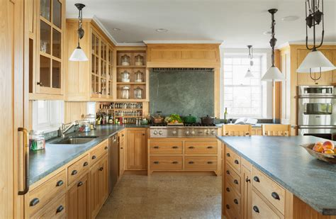 Soapstone Maine - oceanfront cottage traditional kitchen portland