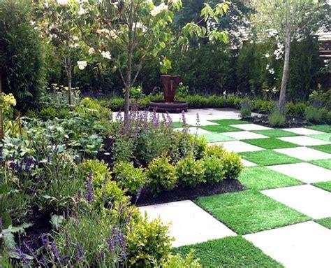 A European Style Courtyard Thomas Kyle Landscape Design Garden Design Landscaping