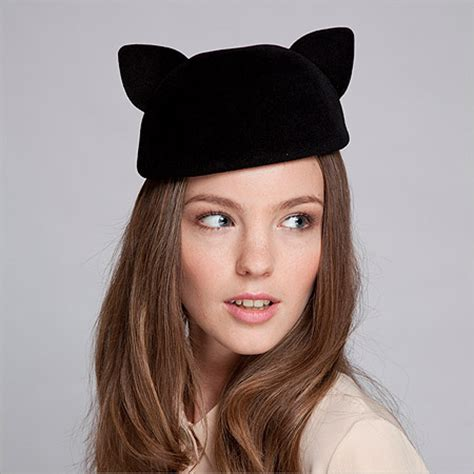 cat ear beret on the hunt