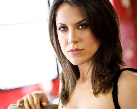 who is the brunette actress in the by viagra commercial 01 brunette actress with blue eyes indoor headshot