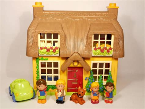 Happyland Cottage elc happyland cottage playset with family figures