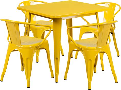 Set Of 4 Indoor Outdoor Yellow And White 31 5 Square Yellow Metal Indoor Outdoor Table Set With 4