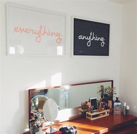 zoellas bedroom anything everything zoella s bedroom table and wall i need those type of frames so