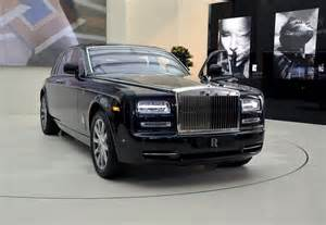 new cars are dubai used cars advantages of buying used cars in dubai