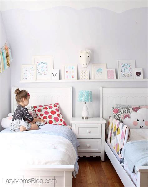 shared childrens bedroom ideas best 25 sisters shared bedrooms ideas on pinterest