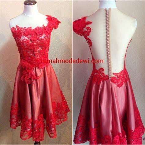 Kain Tille Bordir Mawar Bahan Gaun dress prada merah punggung backless