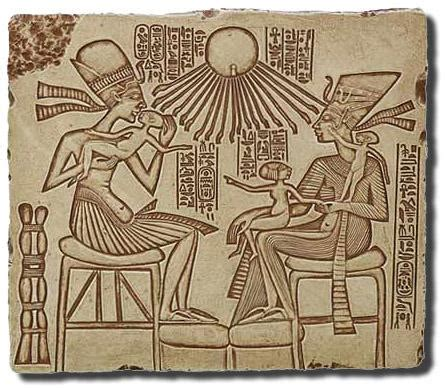 akhenaten and his family front