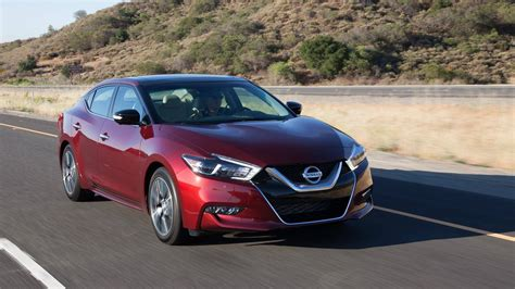 Nissan Maxima 2018 Price by 2018 Nissan Maxima Gets Minor Updates Price Increase