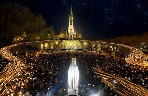 web grotta di lourdes procession mariale aux flambeaux office de tourisme de