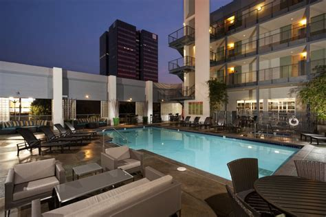 Vine Apartments by Luxury Apartments For Rent Sunset And Vine