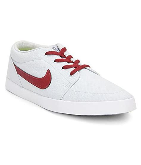 Casual Sneakers In White by Nike Sneakers White Casual Shoes Buy Nike Sneakers White