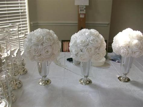 table decorations for military balls     Set that table