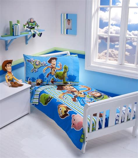 toys for the bedroom toy story bedding kids odyssey coaches gorgeous toy
