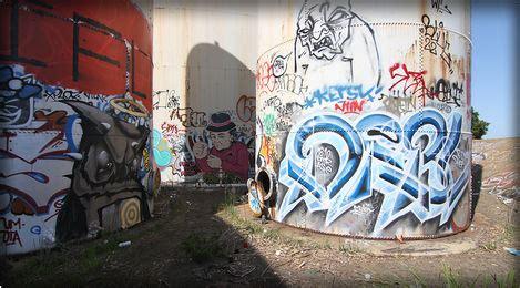 kater street art  graffiti fatcap