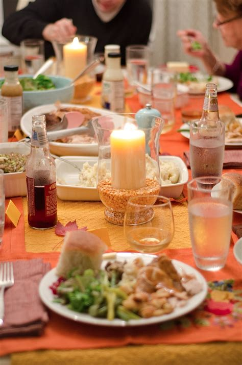 decorating ideas casual image of thanksgiving dining
