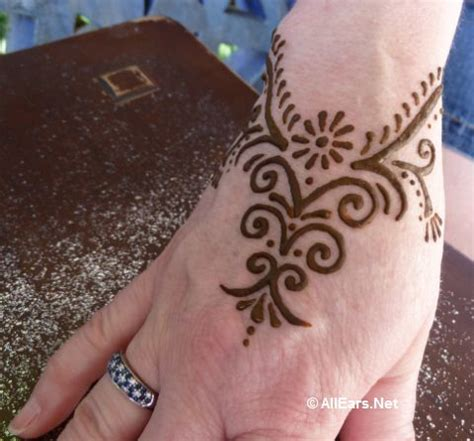 henna tattoos at epcot allears 174 team epcot archives