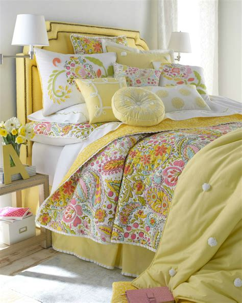 yellow bedding 20 best multi colored spring bedding sets decoholic