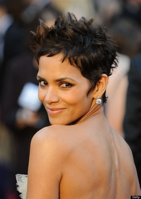 halle berry hairstyles weaves or wigs 87 best images about short hair cuts on pinterest halle