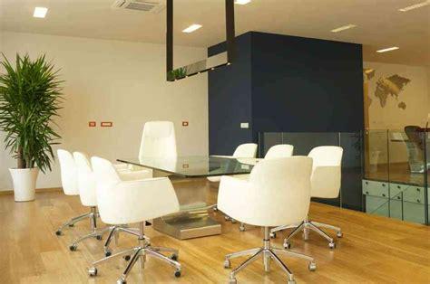 arredamento sala riunioni arredamento sala riunioni niemeyer estel vetrina belardi