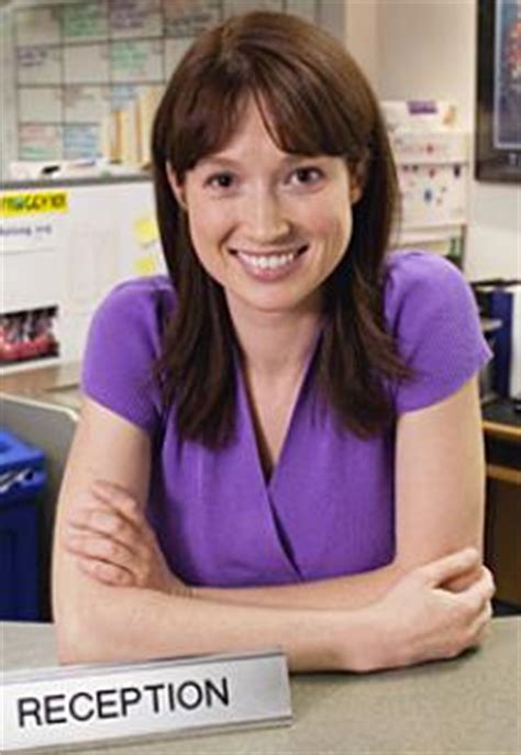 Who Plays Erin On The Office by Erin The Receptionist Dishes On The Office Gossip Tv