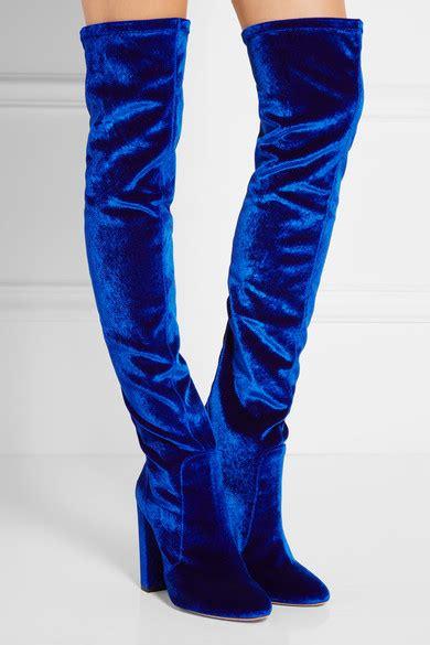 angela yee wears a pair of aquazzura by edgardo osorio