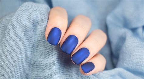 matt schwarz nagellack matte n 228 gel und matten nagellack selber machen einfach
