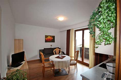 appartamenti val venosta appartamenti con prima colazione laces vacanze laces