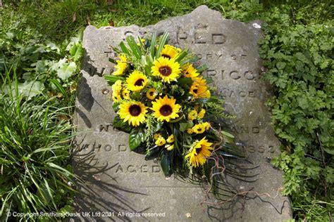 Sprei Sun Flower sunflower spray flower craft ashford kent