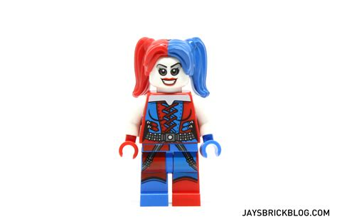 Lego Minifigures Harley Quinn review lego 76053 batman gotham city cycle