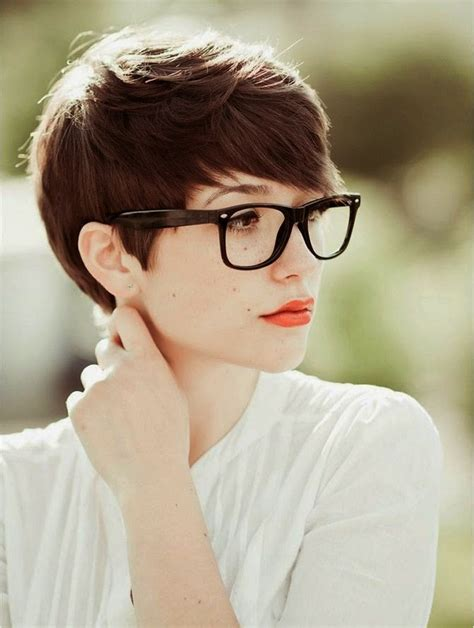 short hairstyles for glasses cute very short hairstyles for women with glasses classy