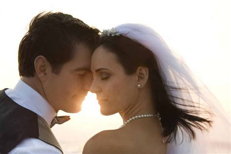 Wedding Vows For Couples by 25 Wedding Vows For Modern Couples Articles Easy