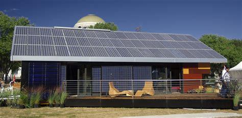 solar houses file universidad politecnica de madrid house back view solar decathlon 2007 jpg wikimedia