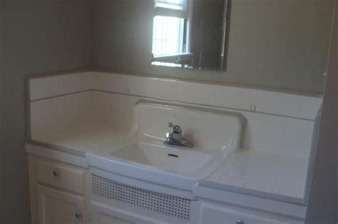 reglazing bathroom 17 best images about countertop reglazing on pinterest