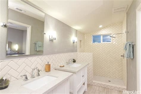 Switching Subway Tile To A More Creative Track Zillow Small White Bathroom Tiles