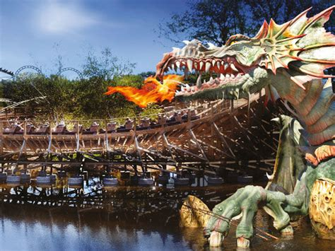 theme park holidays abroad theme amusement parks the cing and caravanning club