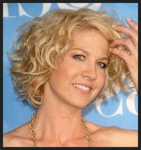 short frizzy hairstyles for women over 50 short wavy hairstyles women over 50