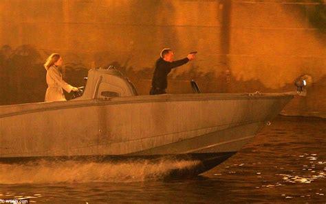 thames river james bond james bond daniel craig films spectre chase on the river