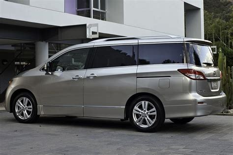 Toyota Which 2015 Toyota Vs 2015 Nissan Quest Which Is Better