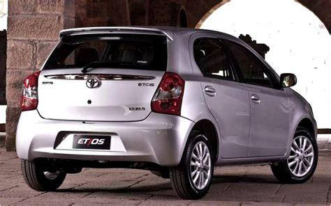 Toyota Etyos Toyota Etios Liva Price Review Pics Specs Mileage