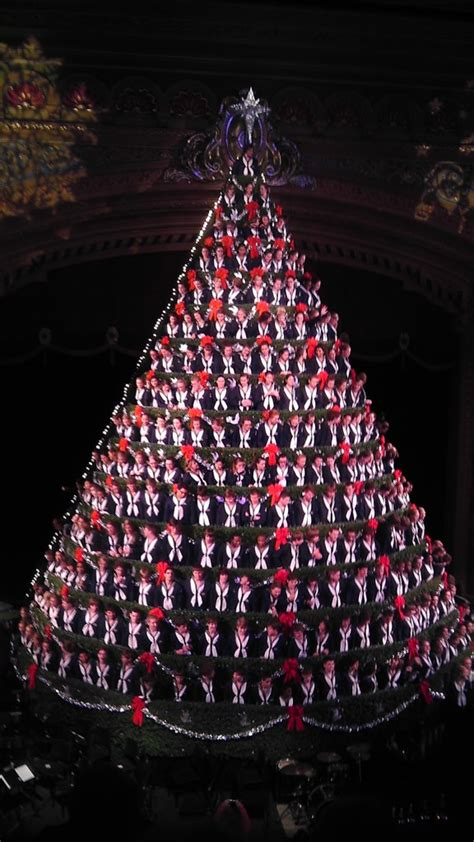 what a singing christmas tree taught me about leadership