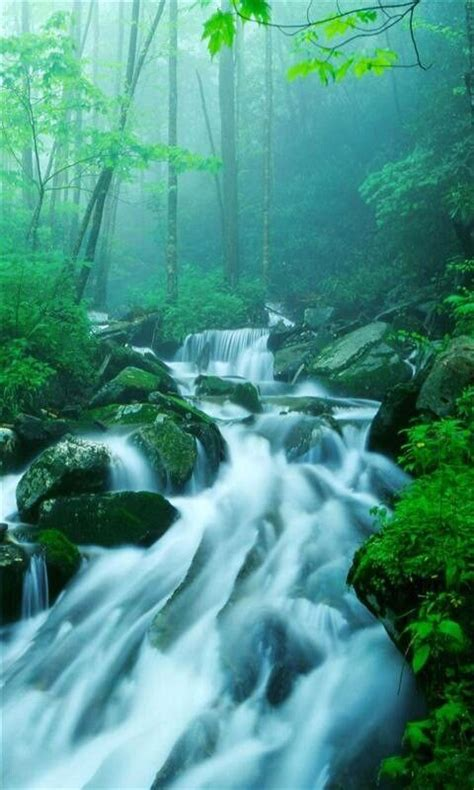 waterfalls pictures  screensavers  waterfall