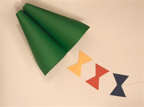 How To Make A Simple Kite Out Of Paper - how to make a simple kite out of paper