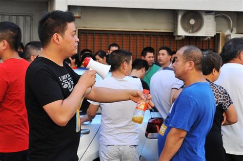 consolato cinese a firenze firenze il presidio della comunit 224 cinese al consolato