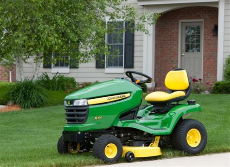 Is It Worth It To Get A Jd Mba by The Difference Between Deere Lawn Tractors Consumer