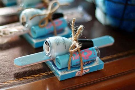 Mens Baby Shower Ideas by Baby Shower Prizes Baby Shower Baby