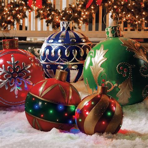 Outdoor Ornament Lights This Season Try New 20 Unique Ways To Decorate With Lights Khbuzz