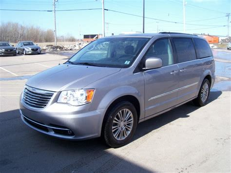 chrysler town and country l 2015 chrysler town country touring l 29995 sydney