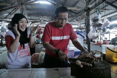 Spatula Di Pasar tekad angkat ekonomi rakyat perbaikan pasar dan modal