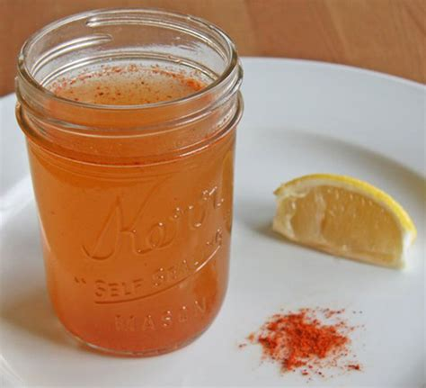 Cayenne Pepper In Detox Water by How To Detox Your With Cayenne Pepper Water Best