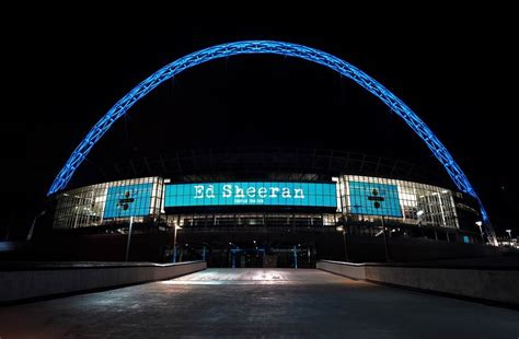 ed sheeran uk tour 2017 ed sheeran announces 2018 nation wide stadium tour dates